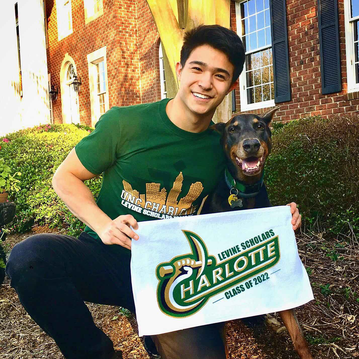 Unc Charlotte Academic Calendar 2022.Student Awarded Belk And Levine Scholarships At Uncc Stanly Community College North Carolina