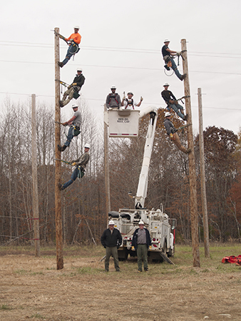 Electrical Lineman Graduates