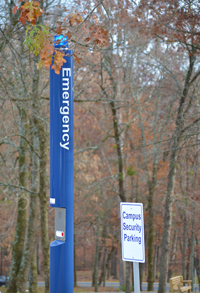 Emergency_Pole